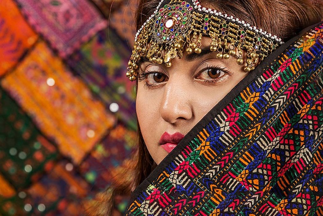 پاکستان رنگارنگ تہذیب کا مرقع ہے ، جس میں کیلاش تہذیب کا رنگ سب سے جدا اور حسین ہے