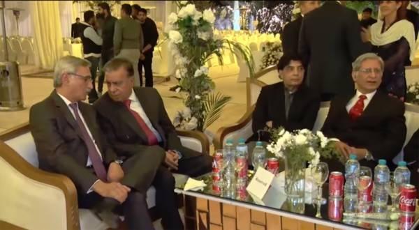 پاک فوج کے سربراہ جنرل قمر جاوید باجوہ کے صاحبزادے سعد صدیق باجوہ کے ولیمے کی تقریب میں شریک مہمان
