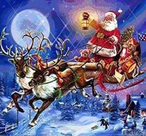 کرسمس فادر یعنی سانتا کلاز 24 دسمبر کی شام سے تحائف بانٹنے کے لیے بچوں والے گھروں میں دستک دیتے ہیں