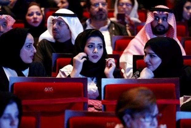 سعودی عرب0 روشن خیالی خواتین کو آزادی اور جدیدیت کی طرف گامزن