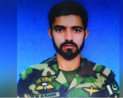 گوادر ہوٹل میں دہشت گردوں کے حملے میں شہید نیوی کے اہل کار محمد عباس