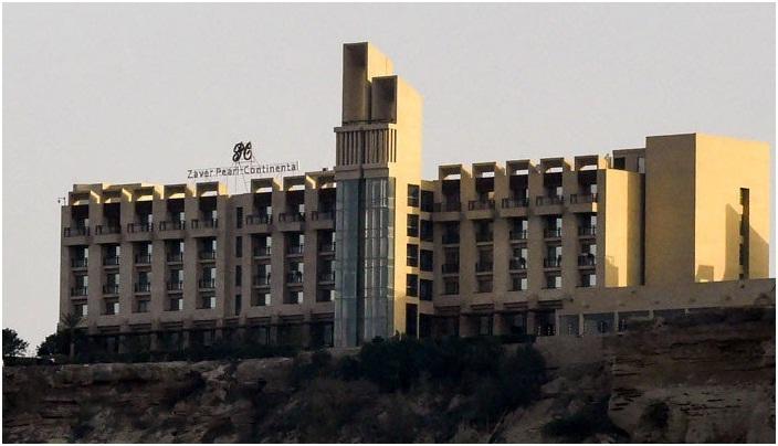 گوادر میں پرل کانٹی نینٹل ہوٹل جس پر دہشت گردوں نے حملہ کیا تھا