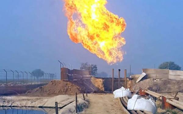 پاکستان میں تیل و گیس کے نئے ذخائردریافت ہوئے ہیں