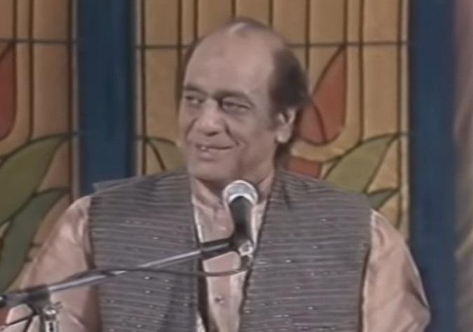 مہدی حسن خاں صاحب گزر اوقات کے لیے نوجوانی کے دور میں مستری بھی بنے