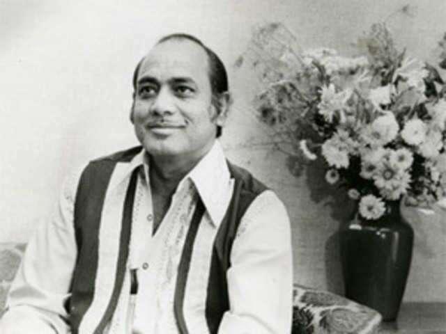 مہدی حسن خاں صاحب فن موسیقی ہی نہیں فن کشتی کے بھی ماہر تھے، انھوں نے اکھاڑے میں باقاعدہ پہلوانی بھی کی اس مقصد کے لیے وہ ہر روز تین میل کی دوڑ اور دو ہزار بیٹھکیں لگا نے کے علاوہ سات آٹھ آدمیوں سے زور آزمائی بھی کرتے تھے