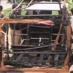 لاہور چوبرجی میں ہونے والے دھماکے میں تباہ ہونے ولال رکشہ دھماکے میں 12 افراد زخمی ہوئے