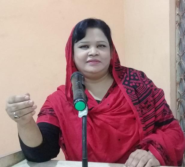 کراچی کی خوب صورت شاعرہ  تبسم فاطمہ رضوی