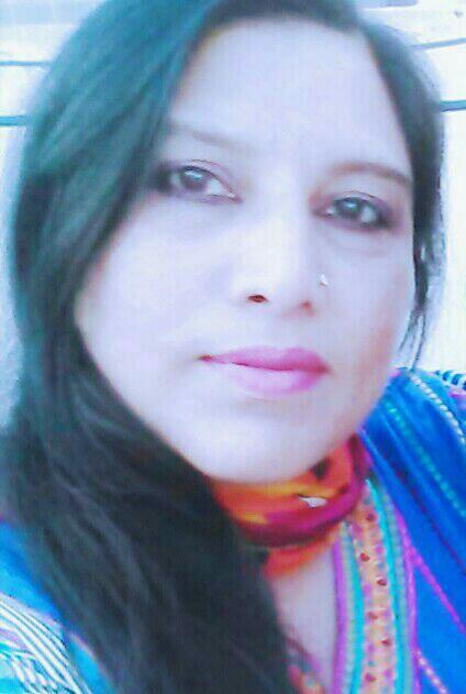 Maah Noor Khanzada Poetess