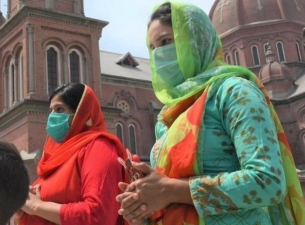 کورونا وائرس سے سب سے زیادہ ہلاکتیں  سندھ میں ہوئیں جہان اب تک  دو ہزار 439 افراد ہلاک ہو چکے ہیں